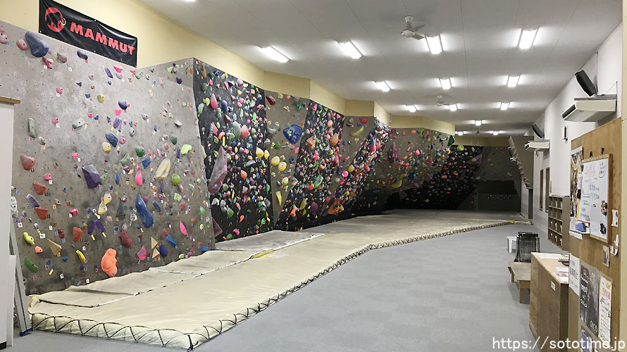 岐阜県各務原市のボルダリング施設「R&F」レポート
