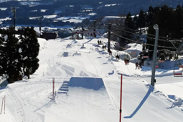 IOX―AROSA(イオックス・アローザ)スキー場